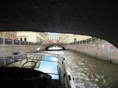 Экскурсия по реками и каналам Санкт-Петербурга